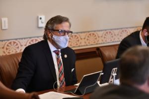 Martwick legislation creating mental health database for first responders passes committee